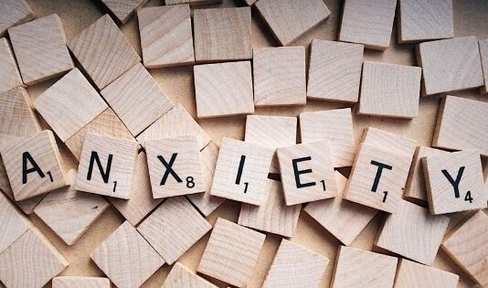 How to Help a Loved One With Anxiety