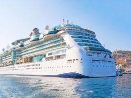 Enjoy Music on Cruise Trip