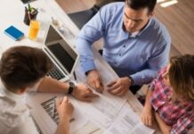 Hire a Financial Advisor to Reap the Best Benefits