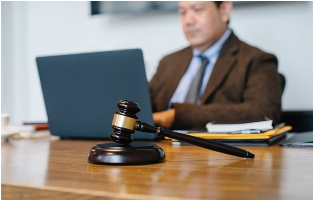 Roles of a Divorce Lawyer in Singapore